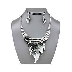 Black Etched Metal Leaf Art Deco Style Collar Necklace Stud Earrings Set