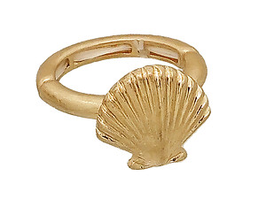 Worn Gold Sea Life Shell Hammered Metal Stretch Ring