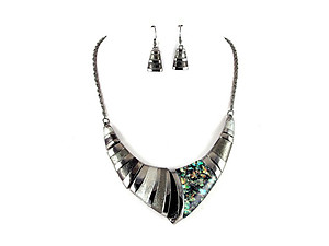 Black Vintage Acrylic Stone Collar Necklace & Earring Set